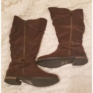 NWT torrid brown faux leather boot, size 9WW